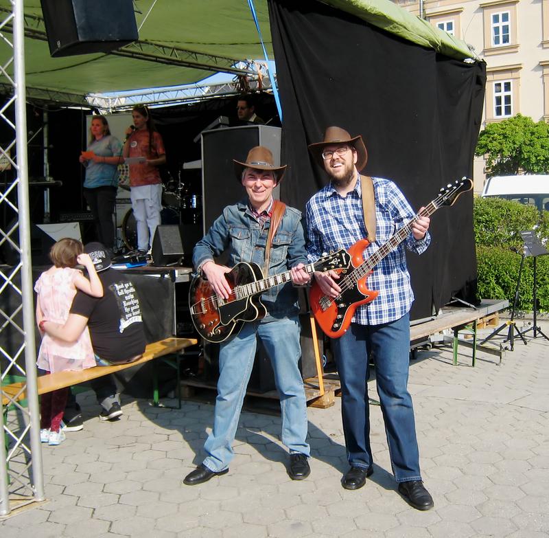 ALFRED und ROMAN bei M(A)YDAY am Korneuburger Hauptplatz