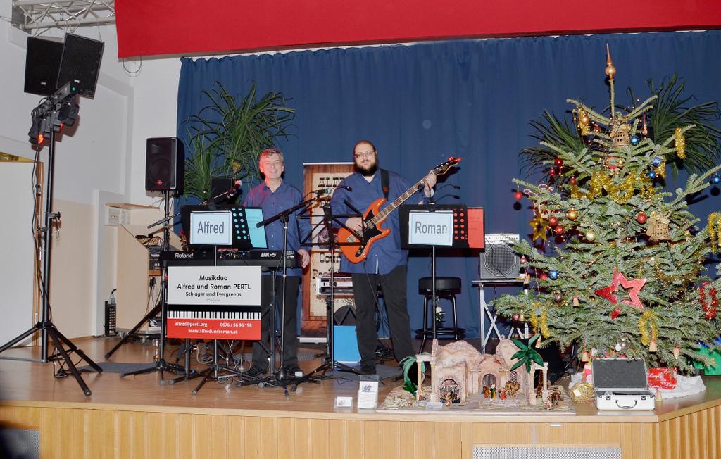 ALFRED und ROMAN bei der Weihnachtsfeier des Spillerner Pensionistenverbandes